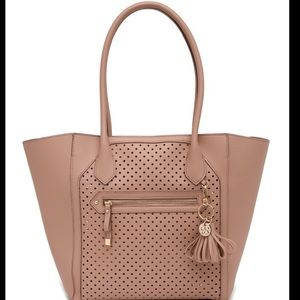 🎉2X HP🎉 Jessica Simpson Issy Tote Bag